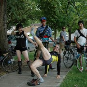 Report and photos: Yoga invasion sweeps Scandinavians in short shorts