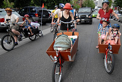 Carrying your infant by bike: How young is too young?