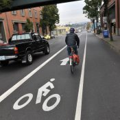 Busy section of Hawthorne gets a wider bike lane