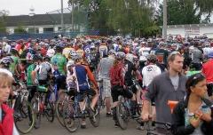 1,762 racers (including kids) at Cross Crusade opener