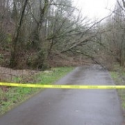 Active landslide closes Springwater Trail connector near Sellwood