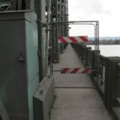 Bike commuters stranded when I-5 bridge gates malfunction