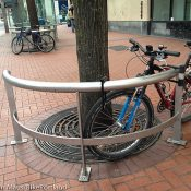 TriMet says 'leaning rails' on transit mall now OK for bikes – UPDATED