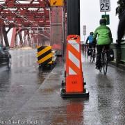 Streetcar project puts pole on Broadway Bridge path – UPDATED