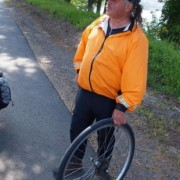 "Readers expose a bike touring con man named ""Ian"""