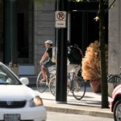 Pearl District residents seek expansion of sidewalk bicycling ban