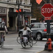 Police to target enforcement at NW Broadway/Couch stop signs – UPDATED