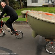Local shop now offers hot tub rentals, delivered by bike