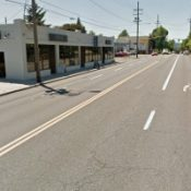 "PBOT nears final decision on ""right-sizing"" and bike lane for SE Division"
