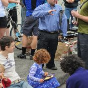 PBOT Commissioner Steve Novick visits Breakfast on the Bridges
