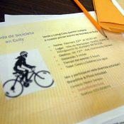 Cully's Andando en Bicicletas club welcomes new members with repair workshop