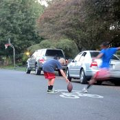 The Monday Roundup: Reclaiming street play, bad parking shaming and more