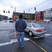 Many Portlanders say they like bikeways, but walking is top priority in new poll
