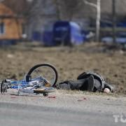 The Monday Roundup: Roadside ethics test, glowing bike & more
