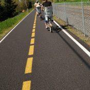 The Monday Roundup: Hit and run by bike, bike golfing & more