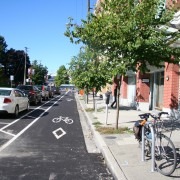 The Monday Roundup: Bike lane retail boost, commuting by highway & more