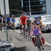 Ask BikePortland: What if all of Portland's bikers decided to drive for one day?