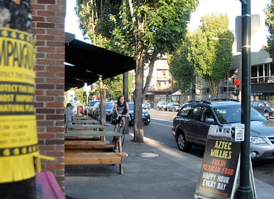 sidewalk biker cafe seating 540