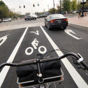New bike lane on SW Salmon improves bike access to Naito Parkway