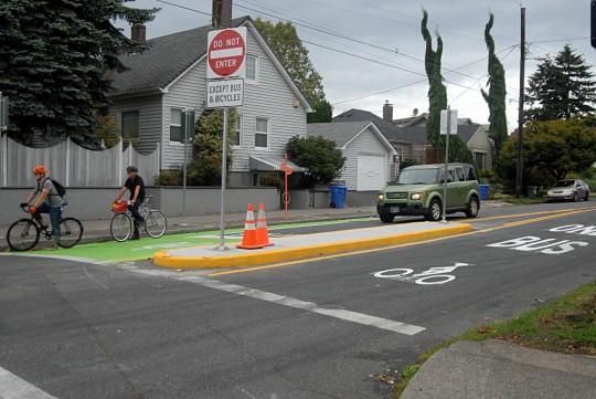 division bus lane