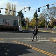 Bill in legislature would legalize safe crossings against unresponsive red lights