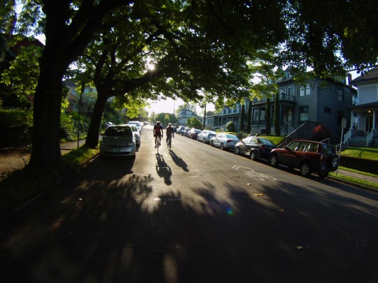 2015-04-20_shadows-gliding-down-salmon-street