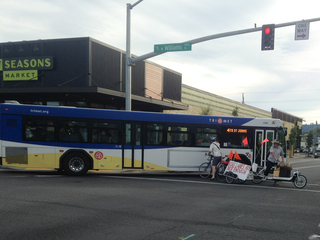 TriMet bus operator allegedly drives into people on ...
