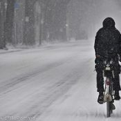 The Monday Roundup: The joys of snowy biking, Berlin's bike vandals and more