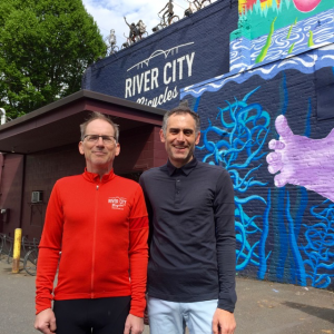Dave Guettler (L) and Chris DiStefano outside River City's central eastside location. (Photo: River City Bicycles)