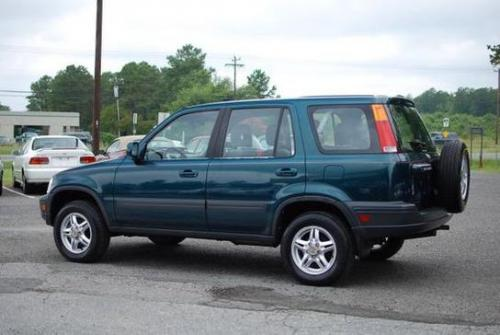 Stock_1997_Honda_CRV_Photo