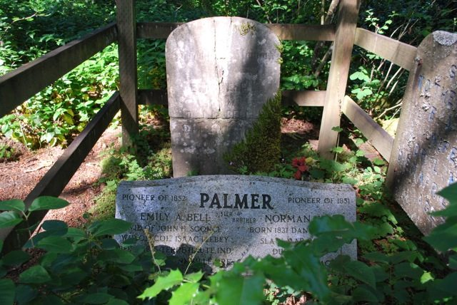 Palmer gravesite.