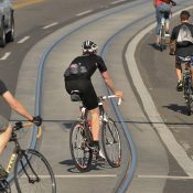 One-third of biking injuries in Toronto involve streetcar tracks, study finds
