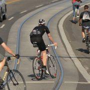 One-third of biking injuries in Toronto involve streetcar tracks, study finds