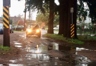 SE 80th looking towards Mill, right outside an elementary school.(Photos: Amy Wren)