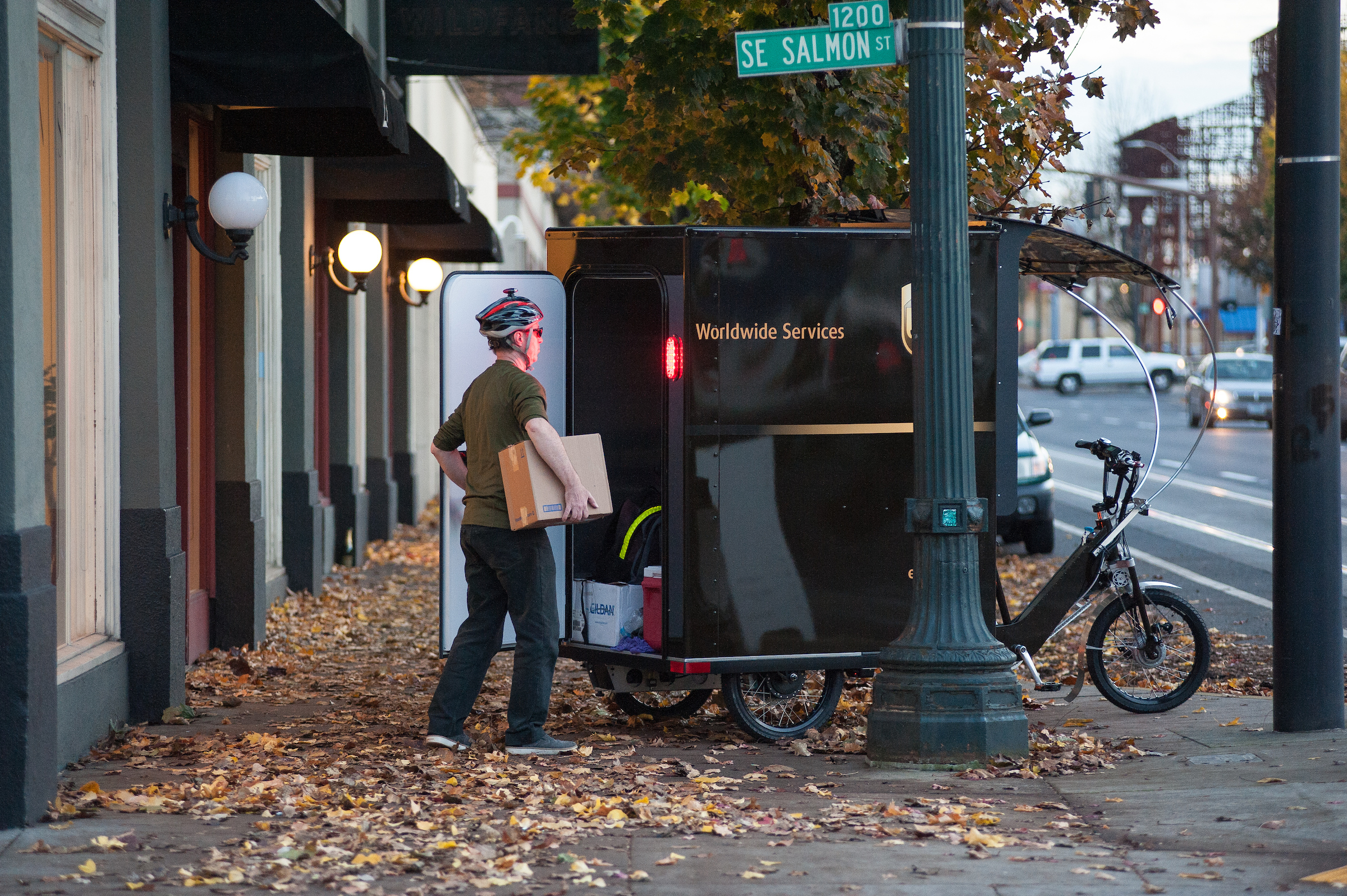 Ups Now Using Pedal Powered Trike To Deliver Freight In