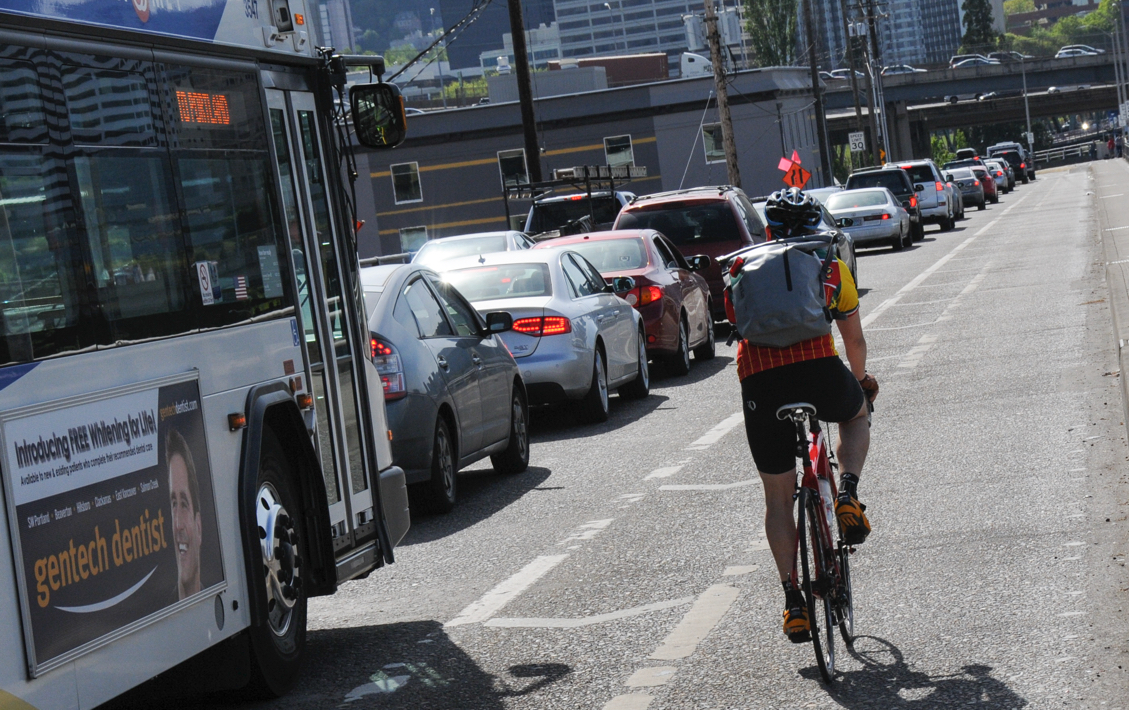 25% of Portland metro residents say congestion could make them switch to  biking - BikePortland org
