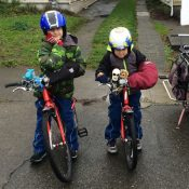 How to keep little bike passengers cozy in the cold