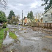 """Guest Post: It's time to make southeast Portland's infrastructure gaps """"SEAMless"""""""