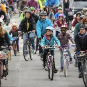 Kidical Mass PDX Easter Ride 2019