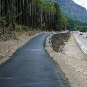 Sneak peek at new carfree section of Historic Columbia River Highway
