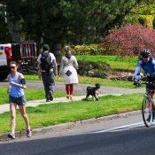 Portland Mayor fears more people in the street, Oakland Mayor embraces them