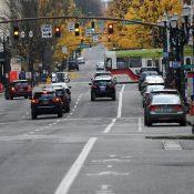 PBOT plans to (finally) fill the protected bike lane gap on SW Broadway